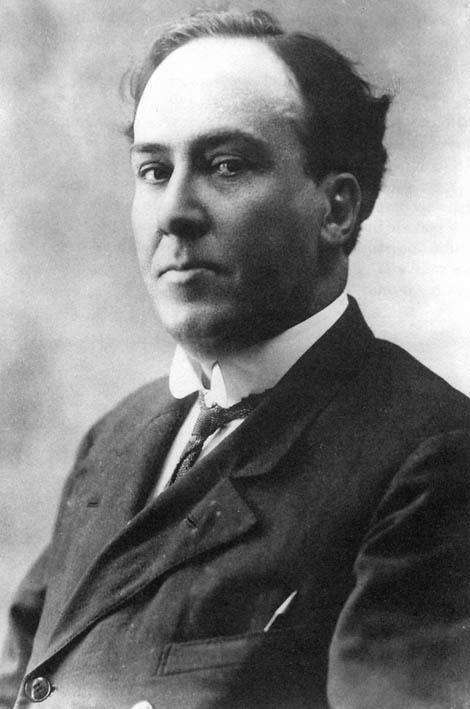 El poeta Antonio Machado (1875 - 1939)