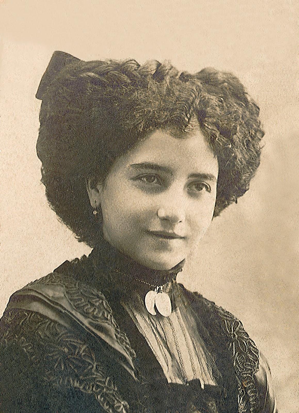 Leonor Izquierdo, esposa de Machado, fallecida el 1 de agosto de 1912.